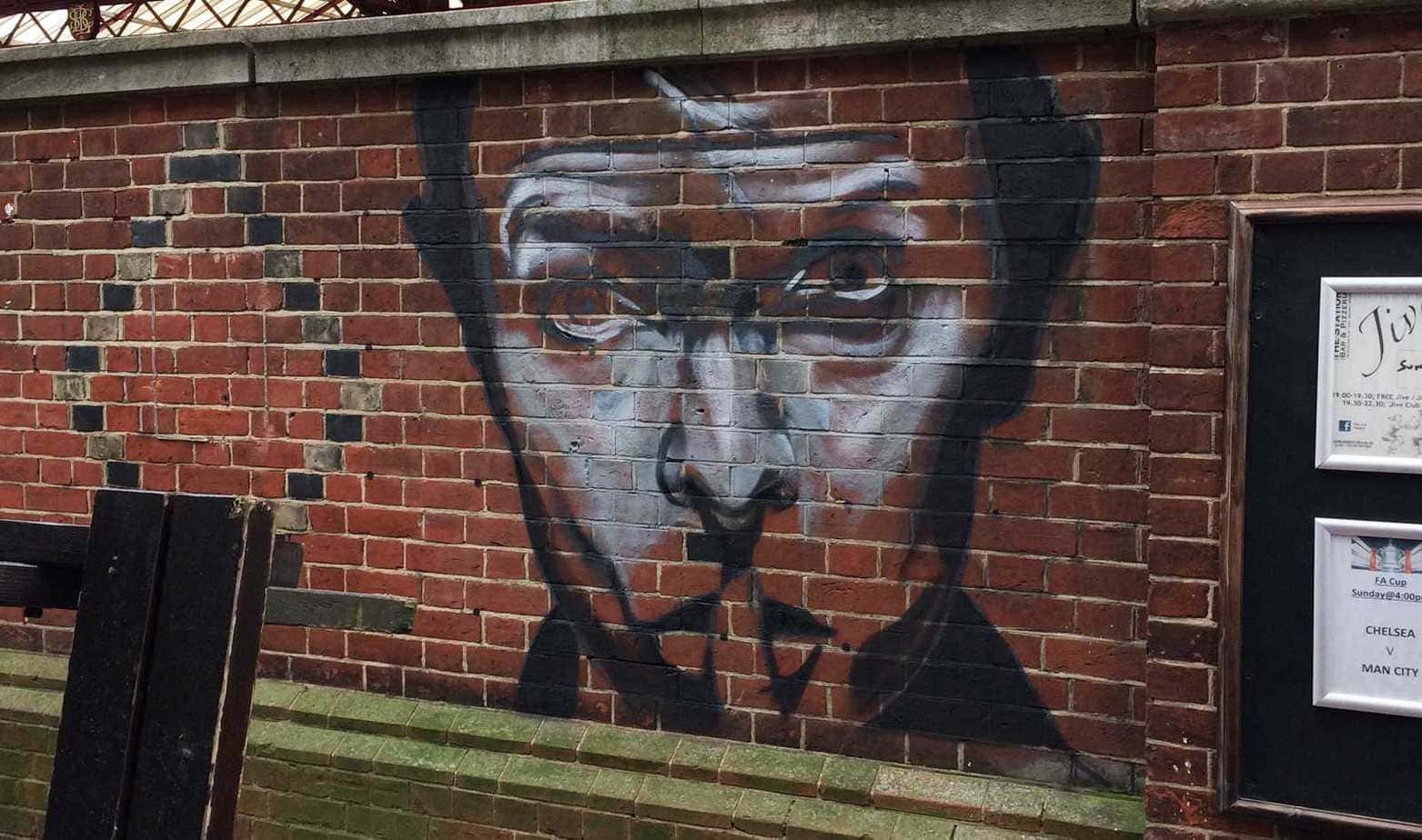 2016-02-26-Bowie-Tribute-Rocky-Graffiti-Hove-Station-1